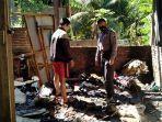 anggota-polres-kebumen-melakukan-pemeriksaan-di-lokasi-kebakaran-di-desa-kalirancang.jpg