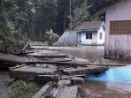 banjir-bandang-bangunan-penahan-air-pdam-salatiga.jpg