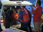 evakuasi-jenazah-anggota-polsek-kalijambe-sragen-korban-kecelakaan-mobil-patroli-vs-ka-brantas.jpg
