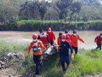 evakuasi-korban-tenggelam-hanyut-di-sungai-terseret-arus.jpg