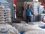 harga-beras-di-pasar-baru-wergu-desa-loram-kabupaten-kudus-mulai-naik.jpg