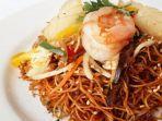 hongkong-fried-noodle-with-seafood.jpg