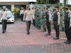 kapolres-banjarnegara-akbp-fahmi-arifrianto-mengecek-pasukan-operasi-keselamatan-lalu-lintas-candi.jpg