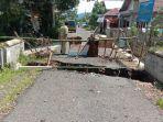 kondisi-jembatan-di-desa-mergasana-rt-01-rw-01-kecamatan-kertanegara-mengalami-kerusakan.jpg