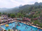 loka-wisata-baturraden-kabupaten-banyumas-dipadati-pengunjung-jumat-762019.jpg