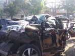 mobil-avanza-kecelakaan-karambol-di-mangkang-kota-semarang.jpg