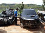 mobil-avanza-yang-mengalami-kecelakaan.jpg