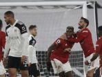 para-pemain-manchester-united-merayakan-gol-paul-pogba-dalam-pertandingan-fulham-vs-man-united.jpg