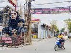patung-kera-raksasa-di-gapura-kelurahan-slerok-tegal-timur.jpg