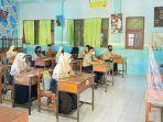 pembelajaran-tatap-muka-di-smpn-1-slawi-kabupaten-tegal-kamis-1282021.jpg