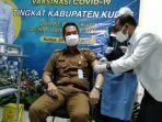 plt-bupati-kudus-hartopo-menerima-vaksinasi-covid-19-senin-2512021.jpg