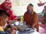pmi-kabupaten-banyumas-memeriksa-kesehatan-warga-terdampak-banjir-di-desa-sirau-banyumas.jpg