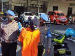 polisi-menangkap-anak-bunuh-ibu-di-cilacap-kamis-992021.jpg