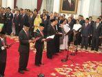 presiden-joko-widodo-melantik-anggota-dewan-pengawas-komi.jpg