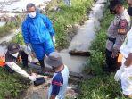 proses-evakuasi-bayi-perempuan-di-aliran-irigasi-di-wonowongso-sine-sragen-senin-1532021.jpg