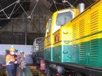 restorasi-lokomotif-antik-di-tegal.jpg