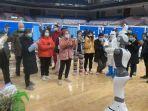 robot-bantu-petugas-medis.jpg