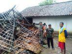 rumah-warga-di-desa-cikeusal-lor-kecamatan-ketanggungan-brebes.jpg