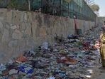 serangan-bom-bunuh-diri-di-bandara-kabul-afganistan-kamis-2682021.jpg