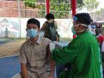 siswa-sma-n-2-purwokerto-mengikuti-vaksin-yang-digelar-bin-dan-dinkes-banyumas-kamis-1692021.jpg