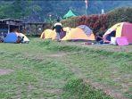 suasana-camping-di-objek-wisata-black-canyon-petungkriyono-pekalongan-minggu-29112020.jpg