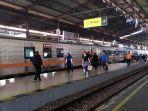 suasana-stasiun-kereta-api-purwokerto_.jpg