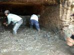 tiga-warga-desa-terban-kecamatan-patiayam-kudus-menggali-gua-diduga-peninggalan-jepang.jpg