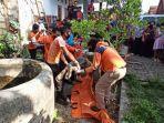 tim-gabungan-mengevakuasi-jasad-warga-tegalgunung-kecamatan-blora-selasa-10112020.jpg
