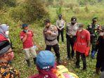 tim-gabungan-mengevakuasi-mayat-yang-ditemukan-di-telaga-pengilon-dieng-wonosobo.jpg