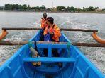 tim-sar-cilacap-melanjutkan-pencarian-pekerja-tenggelam-di-sungai-serayu.jpg