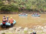 tim-sar-mencari-korban-tenggelam-di-sungai-serayu-kelurahan-kenteng-banjarnegara.jpg