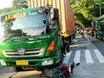 truk-kontainer-tabrak-motor-semarang.jpg