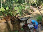 warga-blumbungan-kecamatan-bawang-banjarnegara-manfaatkan-kincir-air-untuk-sedot-air-bersih.jpg