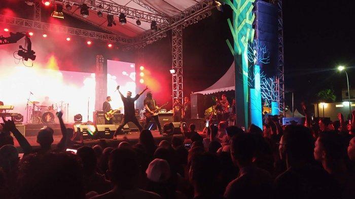 TAHUN BARU 2020 - Andra and The Backbone Hibur Ribuan Penonton, Dedy: Bintan Luar Biasa