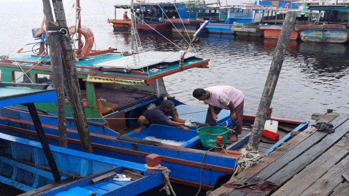 Gelombang Tinggi Capai 2,5 Meter Ancam Perairan Natuna, Nelayan: Ngeri