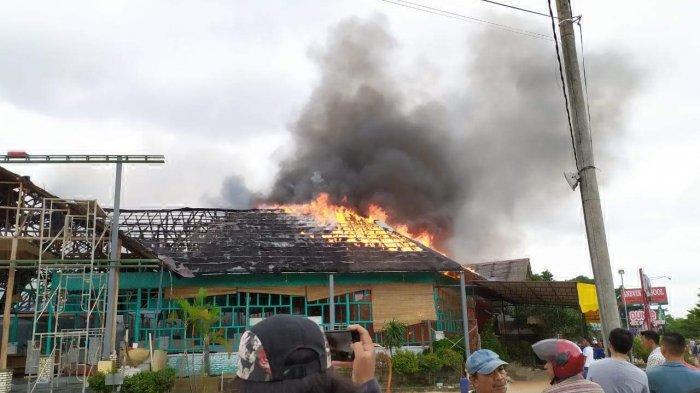 Masih Tak Percaya, Pengelola Restoran di Batam Centre yang Terbakar Serahkan Proses Hukum ke Polisi