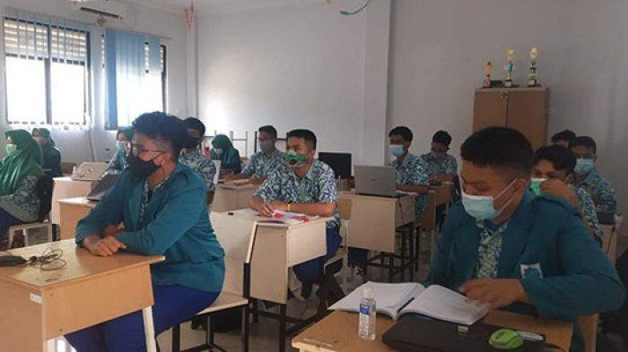 Belajar Tatap Muka Dimulai, MAN IC Batam Perketat Protokol Kesehatan, Satu Kelas 15 Siswa