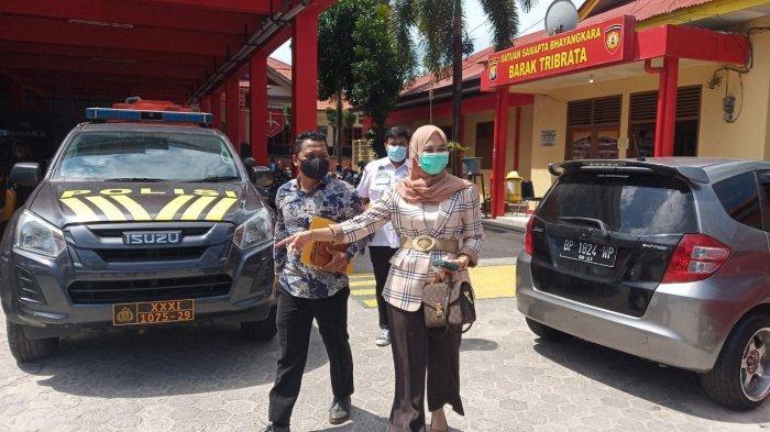 Kasus Dugaan Gelar Palsu, Berkas Rini Pratiwi Dilimpahkan ke Kejari Tanjungpinang