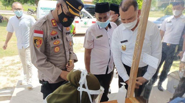 Wakil Bupati Natuna Tinjau Proses Vaksinasi, Rodhial Huda: Vaksinator Harus Fit