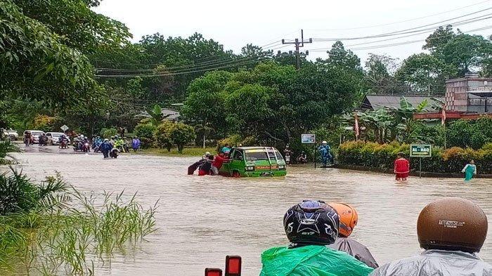 Hujan Deras, Sejumlah Jalan di Tanjungpinang dan Bintan Terendam Banjir
