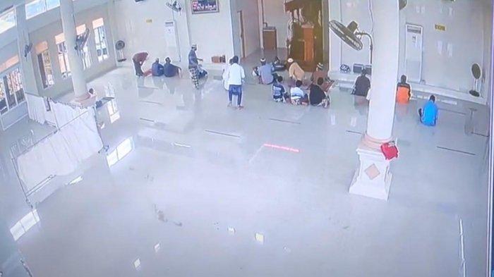 Berita Populer Batam, Penjual Bandrek Meninggal saat Berdzikir di Masjid Bengkong