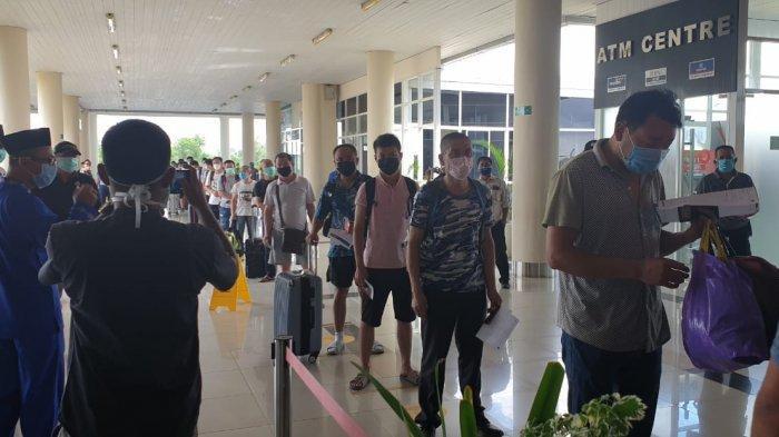 29 TKA Cina Tanpa Izin Kerja di PT BAI Dipulangkan ke Negara Asal Lewat Bandara RHF Tanjungpinang