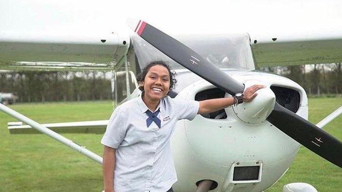 Kisah Martha Itaar, Wanita 23 Tahun Lulusan Selandia Baru yang Berhasil Jadi Pilot Garuda Indonesia
