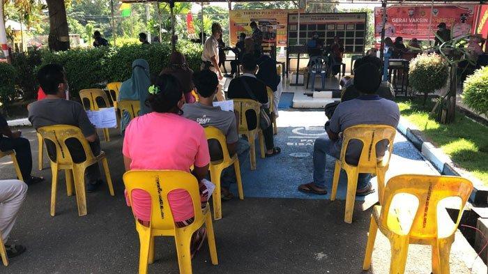 Vaksinasi Corona di Batam, Polsek Nongsa juga Terapkan Wajib Tes Antigen ke Warga