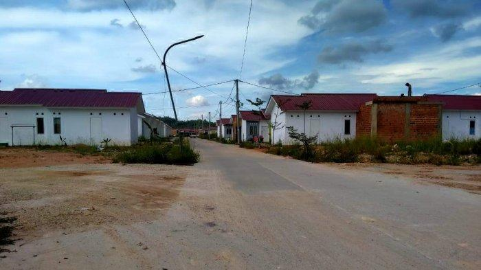 CURHAT Agus, 5 Bulan Huni Rumah Bersubsidi Tapi tak Kunjung Terpasang Listrik dan Air