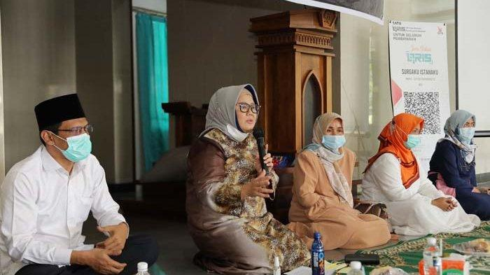 Luncurkan QRIS untuk Donasi Digital, Wagub Kepri Marlin Agustina Ingatkan Legalitas Lahan Masjid