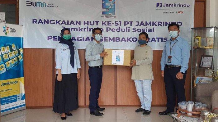 PT Jamkrindo Santuni 1.000 Anak Yatim dan Bantu 5.100 Paket Sembako