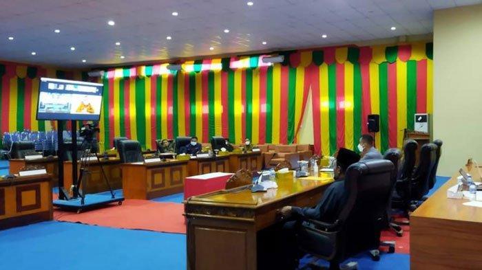 DPRD Lingga menggelar rapat paripurna secara virtual, Selasa (3/8/2021)
