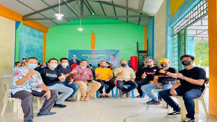 Ratusan Warga Batam Ikut Vaksinasi Massal yang Digelar KKM Bone Kepri di Bengkong