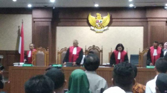 Jaksa KPK Dakwa Nurdin Basirun Terima 11000 Dolar Singapura dari Nelayan Abubakar